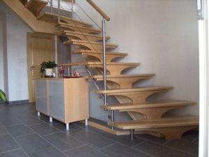 menuiserie Montbéliard, fabrication escaliers bois Montbéliard