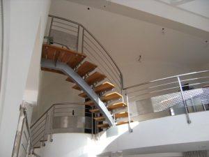 , pose escaliers bois Pont-de-Roide